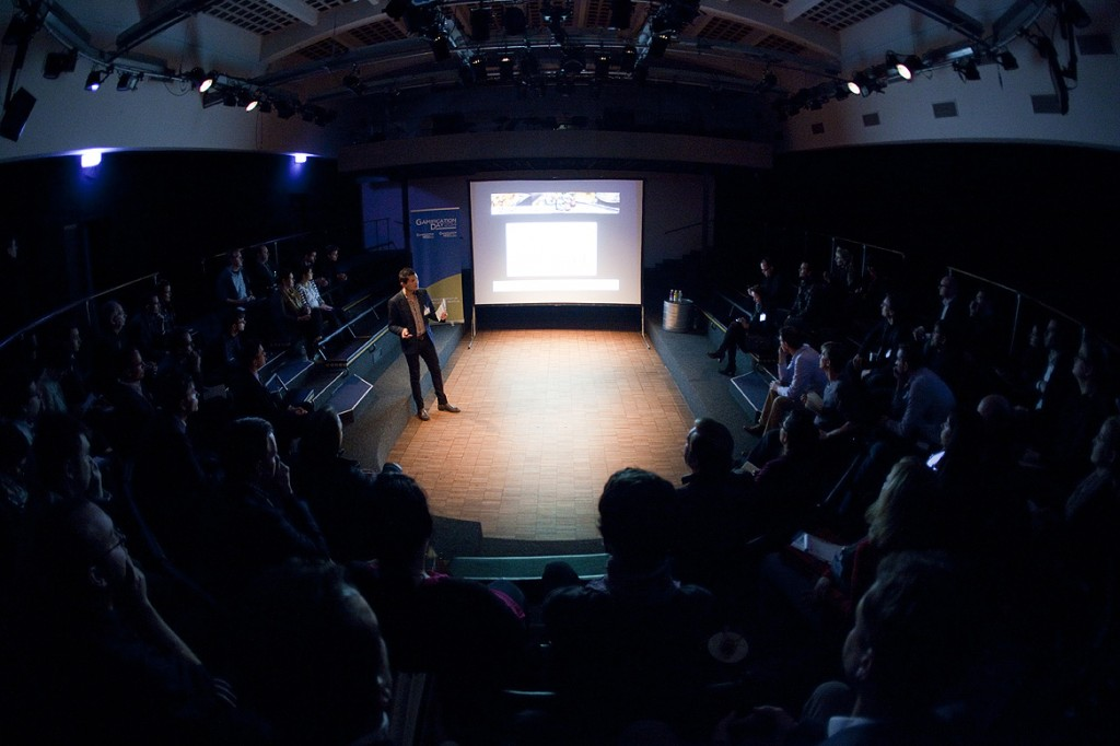 Vortragsraum im Alten Pfandhaus - gelungener Austausch mit dem Auditorium